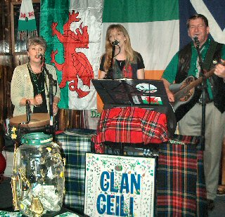 The Clan Played On Clan Celi at Molly's Pub